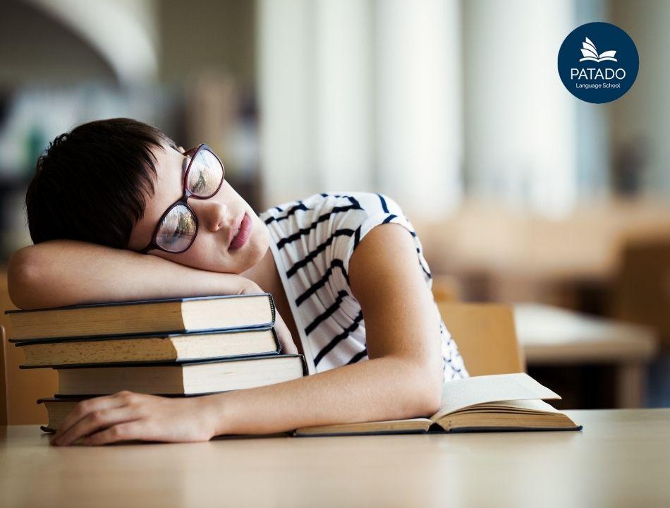 Từ vựng IELTS sleep