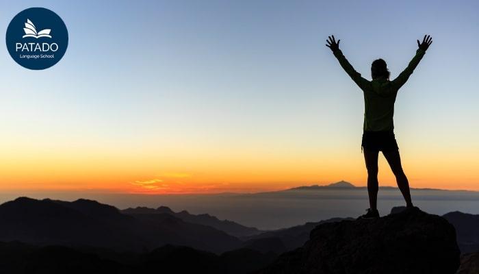 Đặt ra mục tiêu cụ thể và tự tạo động lực cho bản thân