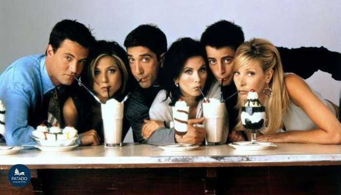 Những bộ phim học Tiếng Anh giúp việc học trở nên thú vị hơn bao giờ hết Friends-patado-1